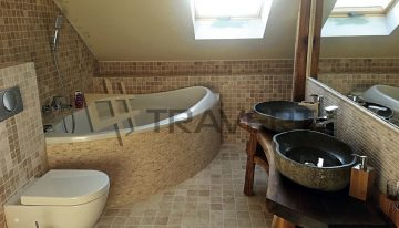 Aký postup zvoliť pri upratovaní kúpeľne?