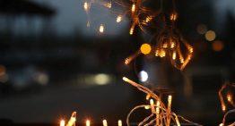 Svetelné reťaze skrášlia každé Vianoce