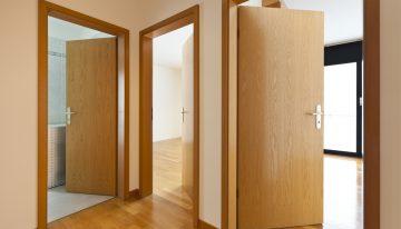 Nepodceňujte výber dverí. Ich vzhľad nie je jediným kritériom