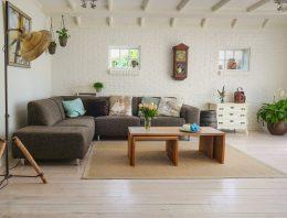 Ako zariadiť obývačku v populárnom provensálskom štýle?